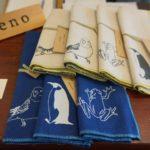 シュールな動物イラスト雑貨 amenoさんのTシャツや通帳ケースがかわいい!